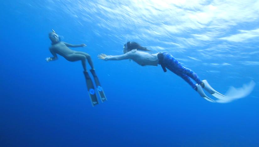 フリーダイバーむっちーさんとアポガマ&ホーシューで素潜り(沖縄県恩納村)