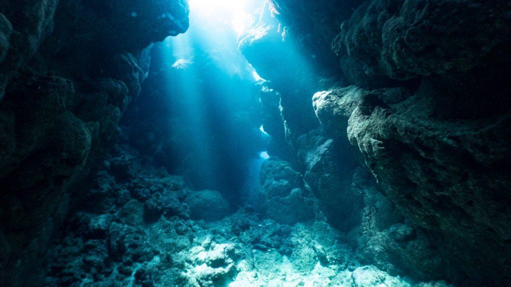 瀬底島西光のカーテン