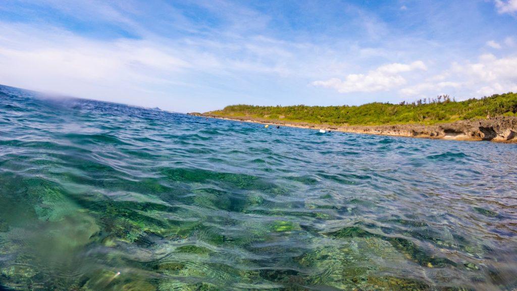 瀬底島西水面